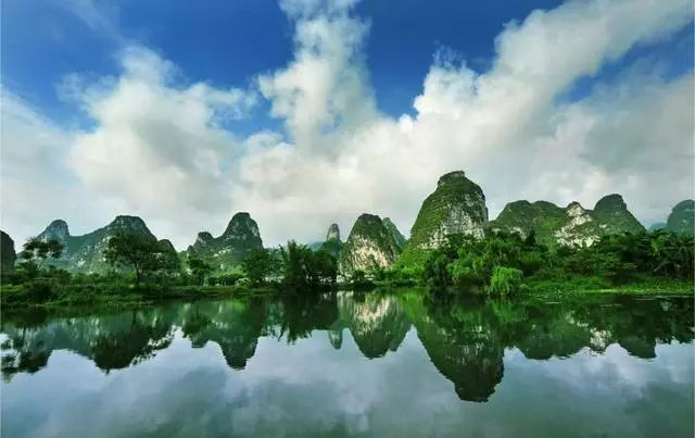 中国有哪些旅游胜地(国内十大旅游胜地)