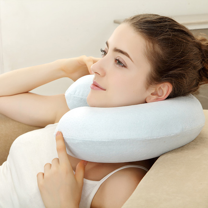 u型枕的用法大全(u型枕的七种用法图解)