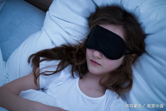 1分钟立马睡着的方法(八种方法让你快速入眠)