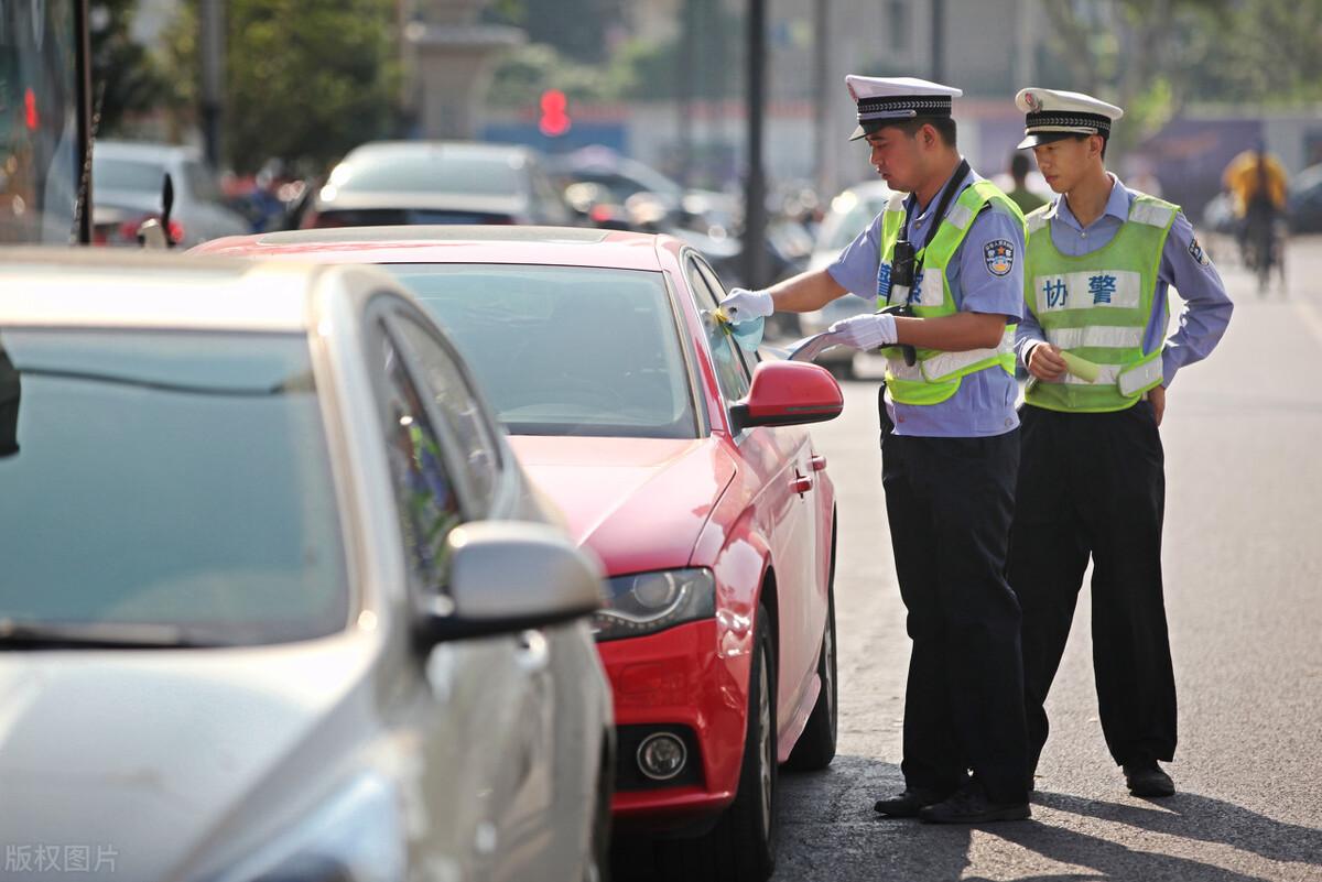 交通肇事罪成立条件(开车致1人死亡会判刑吗)