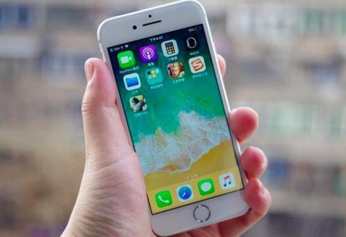 苹果手机摄像头坏了维修费(iphone手机摄像头故障和维修报价)