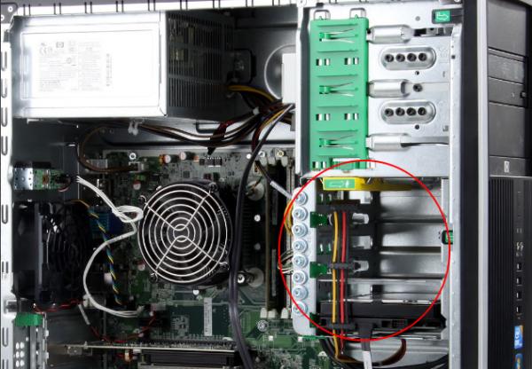 电脑硬盘电源线接法图解(3分钟学会接硬盘电源线)