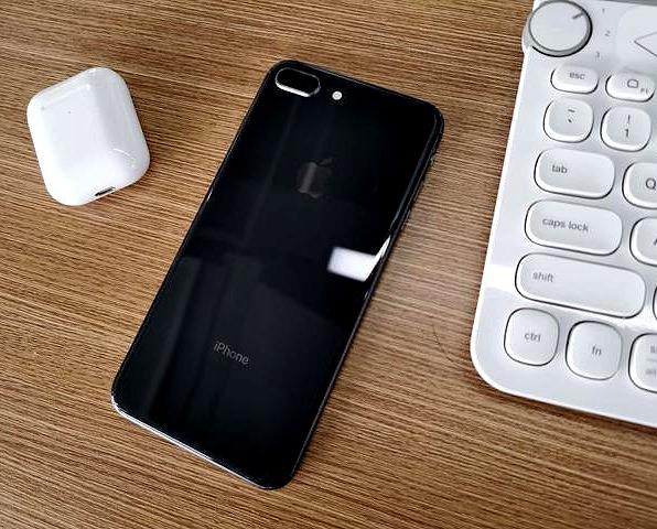iphone8plus分辨率怎么样(详解iphone8plus配置参数)